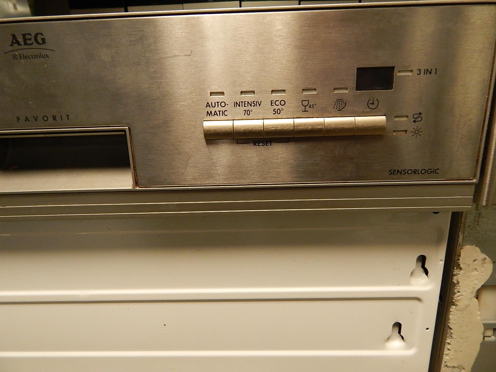 Aeg Keuken Inbouwapparatuur : Aeg half inbouw vaatwasser met heel veel programma s in rvs uitvoering