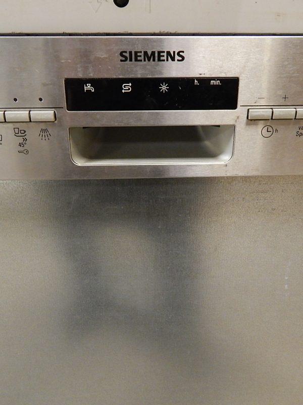 Half inbouw Siemens vaatwasser 2