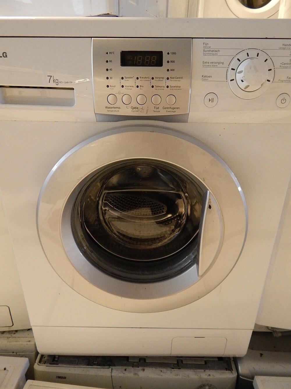 2e hands LG wasmachine