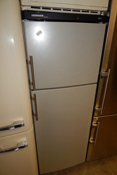 Grijze Liebherr koelkast