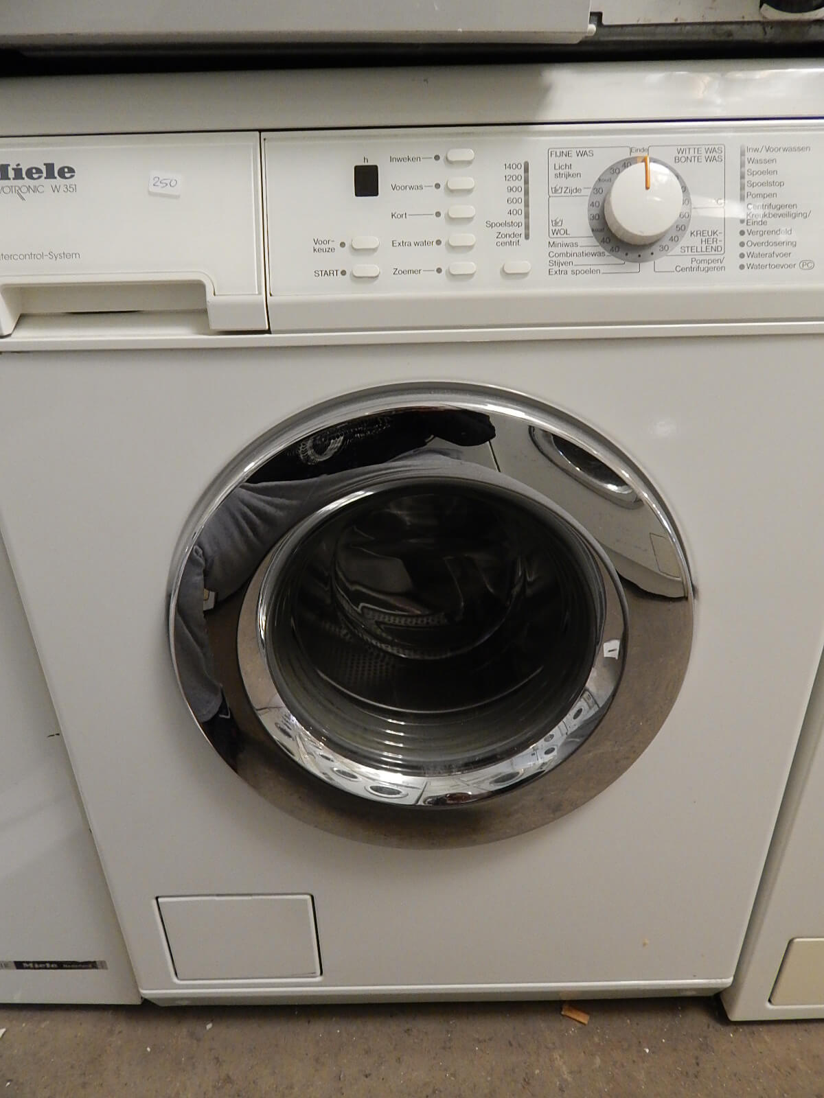 2e hands wasmachine Miele