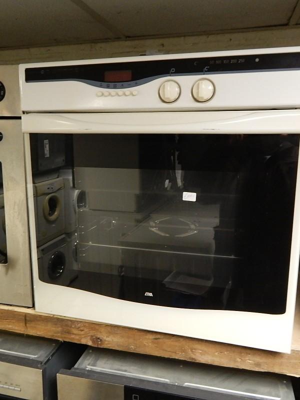 2e hands inbouw oven