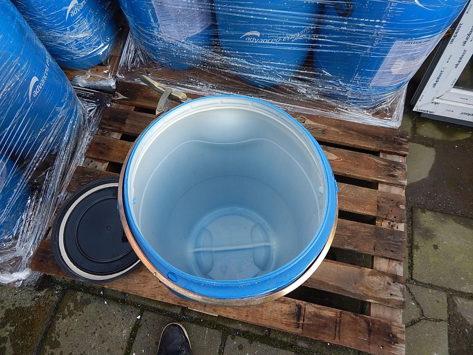 60 liter tonnen met deksel 2